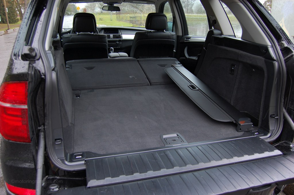 2013 bmw x5 rear seats folded motoring rumpus. Black Bedroom Furniture Sets. Home Design Ideas