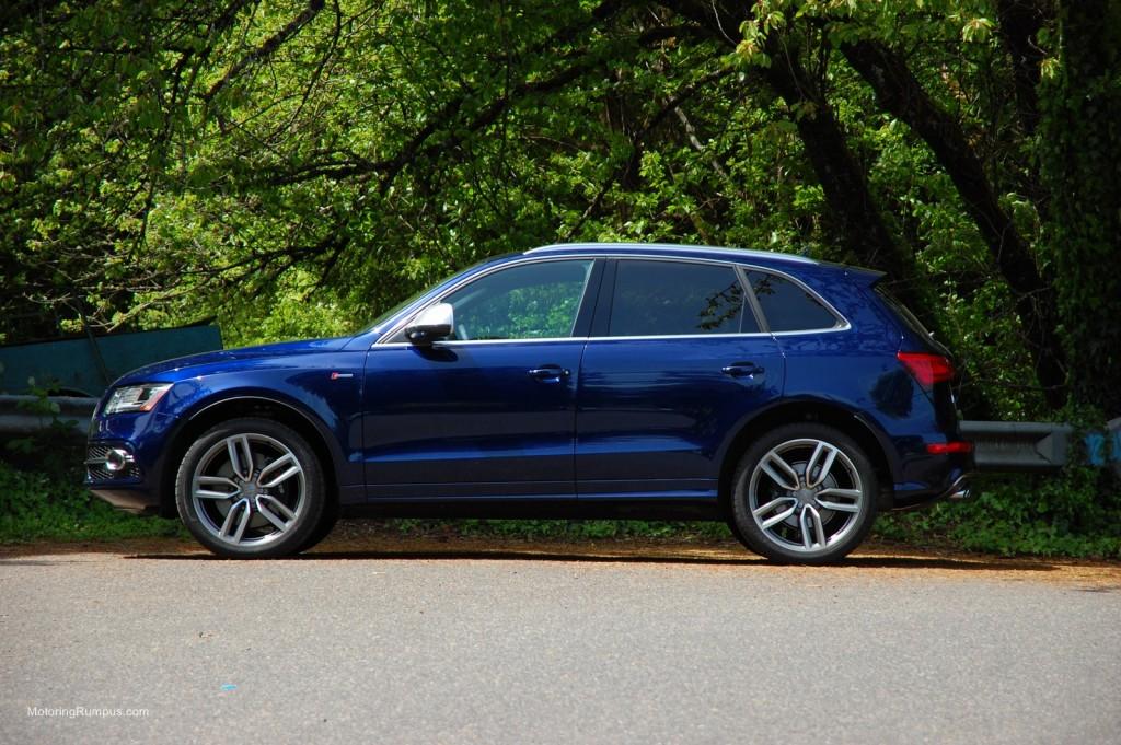 2014 Audi SQ5 Side