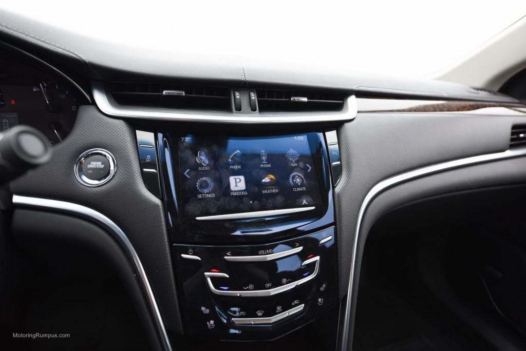 2014 Cadillac XTS CUE System
