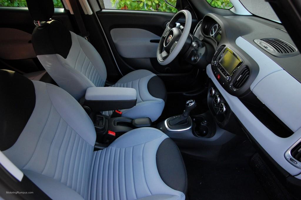 2014 FIAT 500L Front Seats