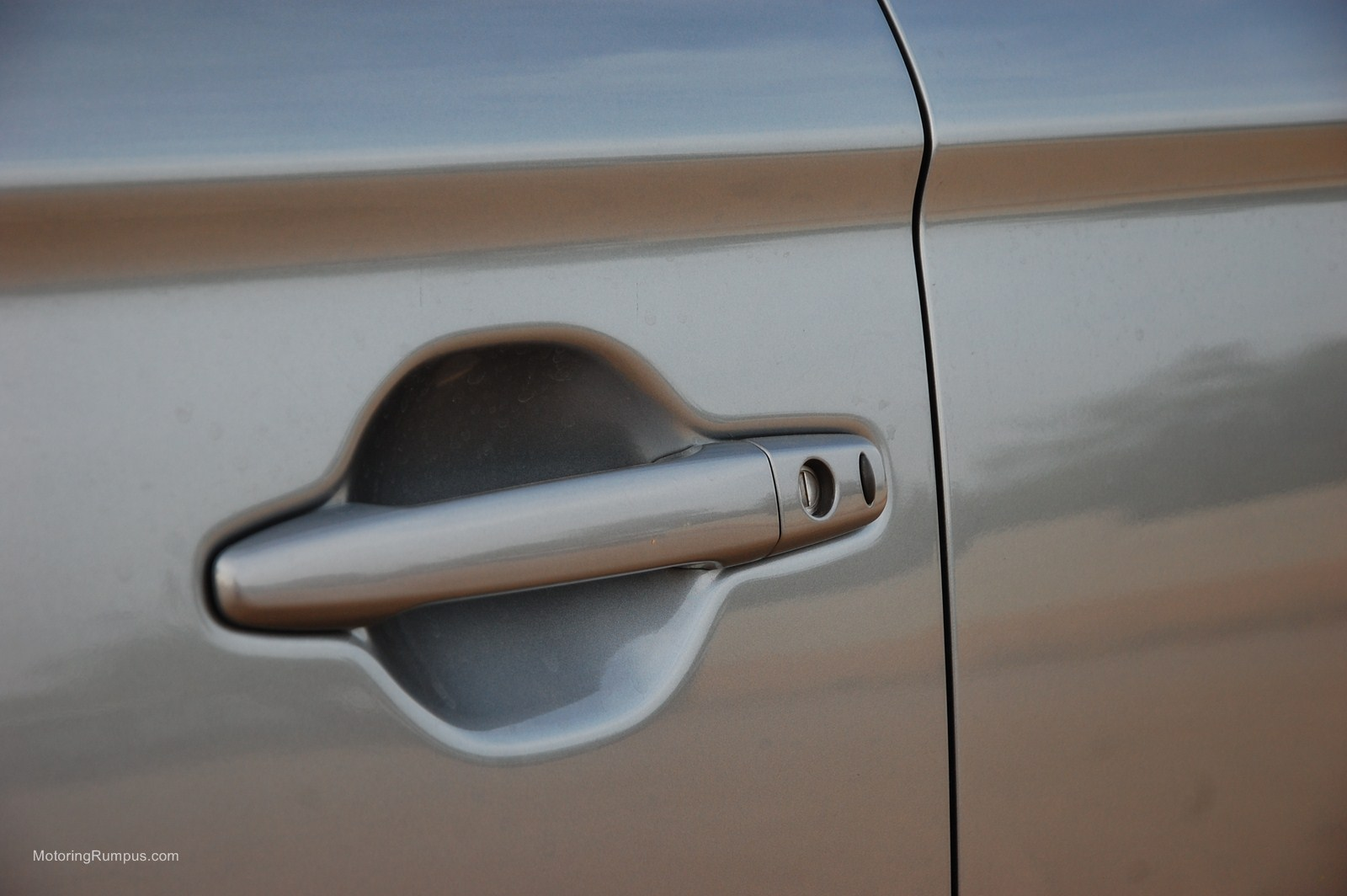 2014 Mitsubishi Outlander Door Handle Motoring Rumpus