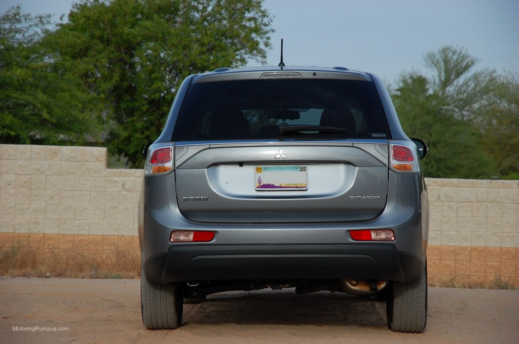 2014 Mitsubishi Outlander Rear