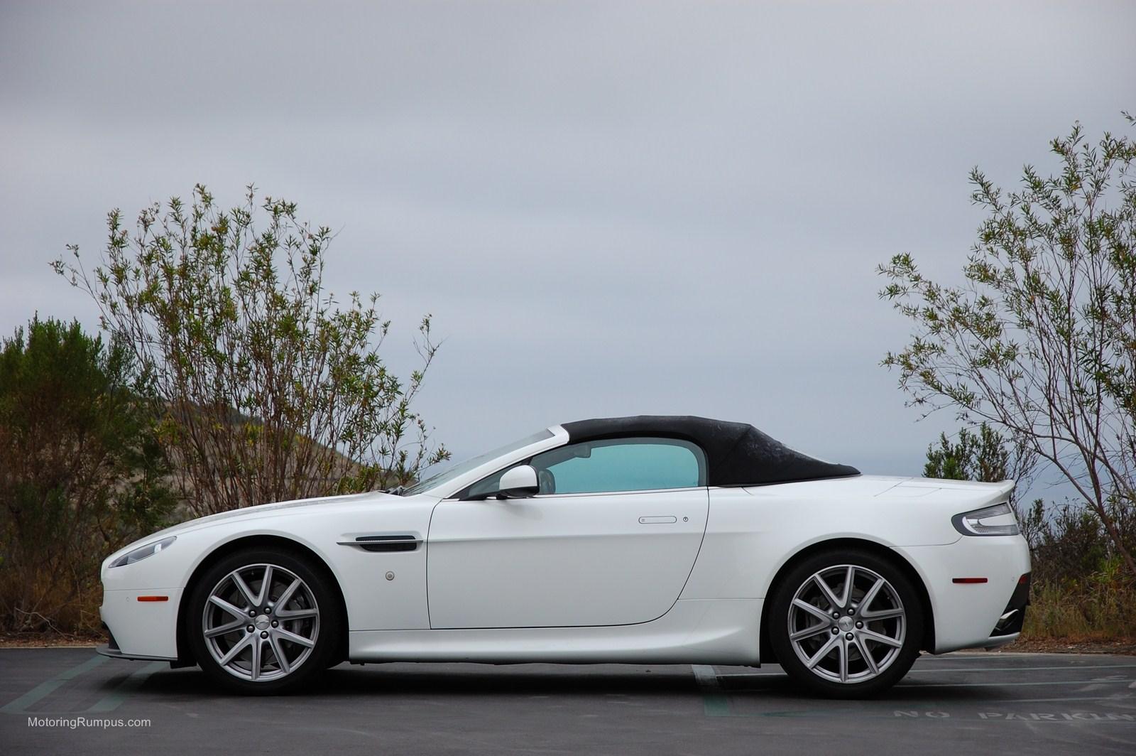 2012 aston martin v8 vantage roadster review motoring rumpus. Black Bedroom Furniture Sets. Home Design Ideas