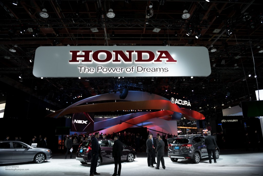 2015 NAIAS Honda Display