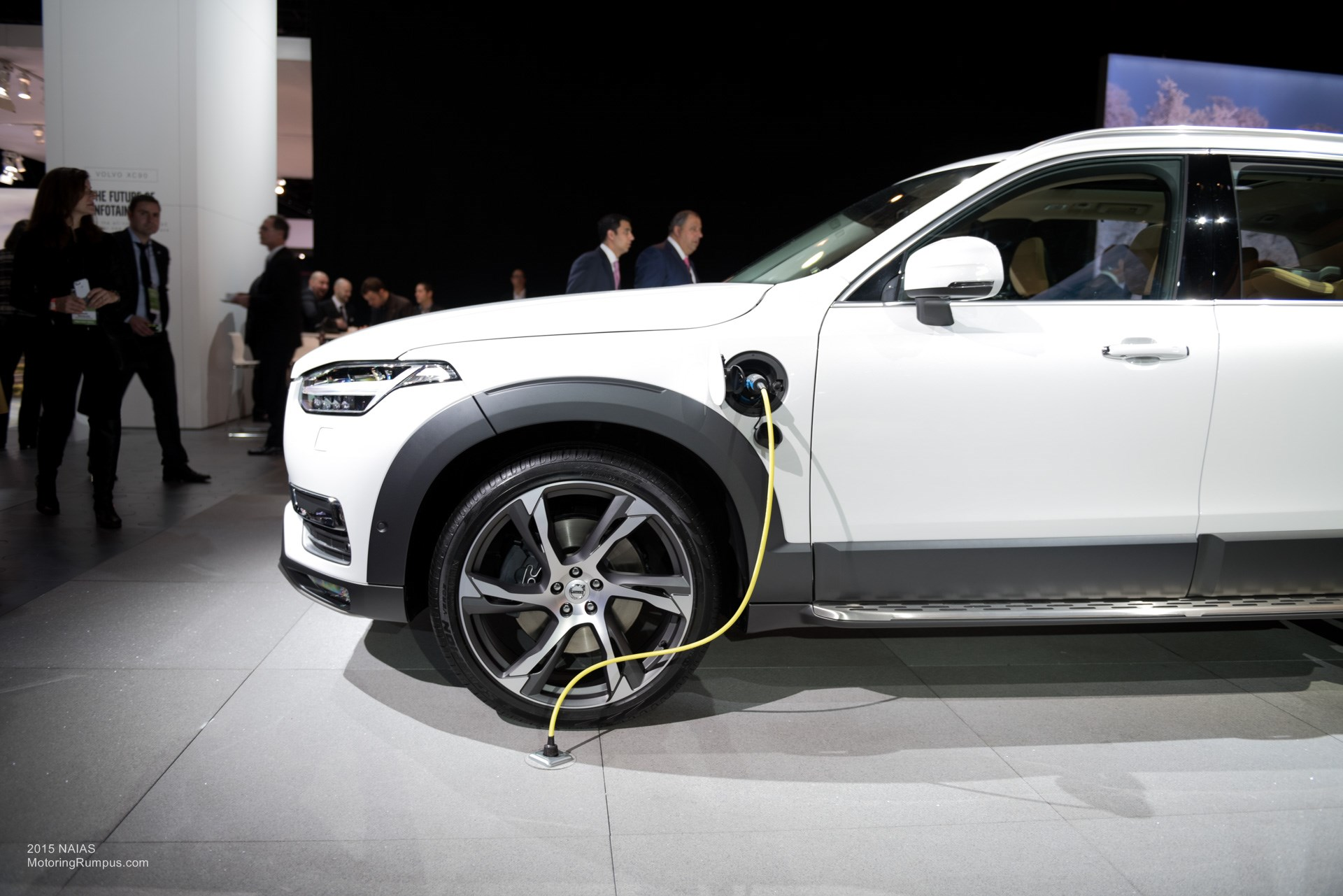 Volvo S90 T8 Twin Engine At The 2016 Naias Photos Videos further 2017 Volvo Xc90 T8 Plug In Hybrid First Test Review likewise Volvo S90 T8 Review likewise 1 Kw Electric Motor likewise Volvo S90 Premiumsedan. on volvo s90 t8 twin engine at the 2016 naias photos videos