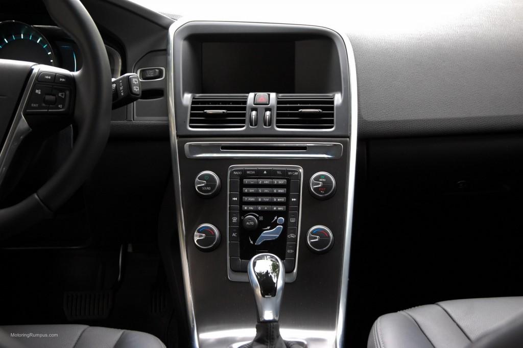 2015 Volvo XC60 Dash