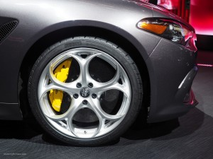 2016 NAIAS Alfa Romeo Giulia 19-inch wheel