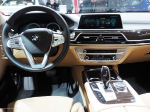 2016 NAIAS BMW 740e Interior