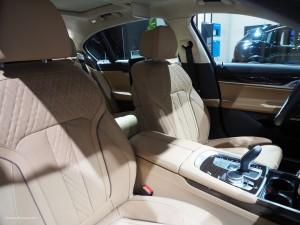 2016 NAIAS BMW 740e Seats