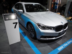 2016 NAIAS BMW 740e xDrive