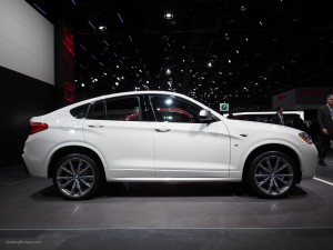 2016 NAIAS BMW X4 M40i Side