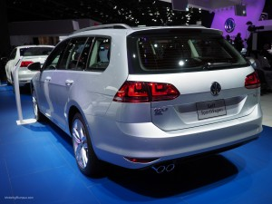 2016 NAIAS VW Golf SportWagen Rear