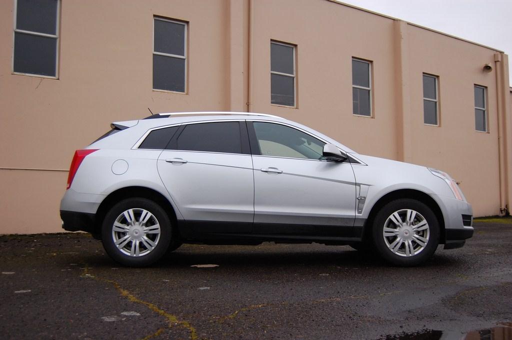 2012 Cadillac SRX side