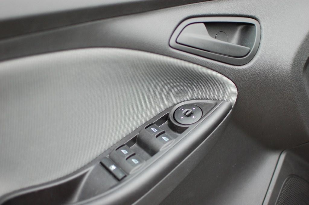2012 Ford Focus SE Door Switches
