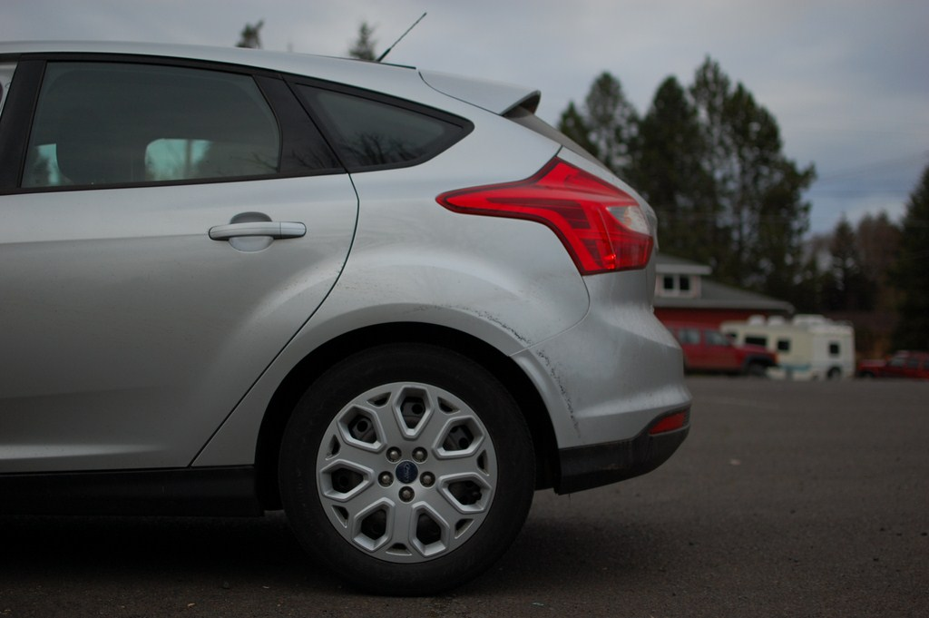 2012 Ford Focus SE Side Profile