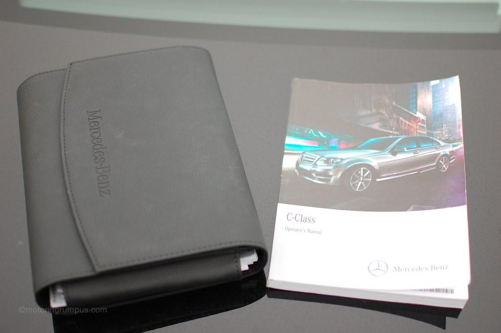 2012 Mercedes-Benz C-Class Operator's Manual