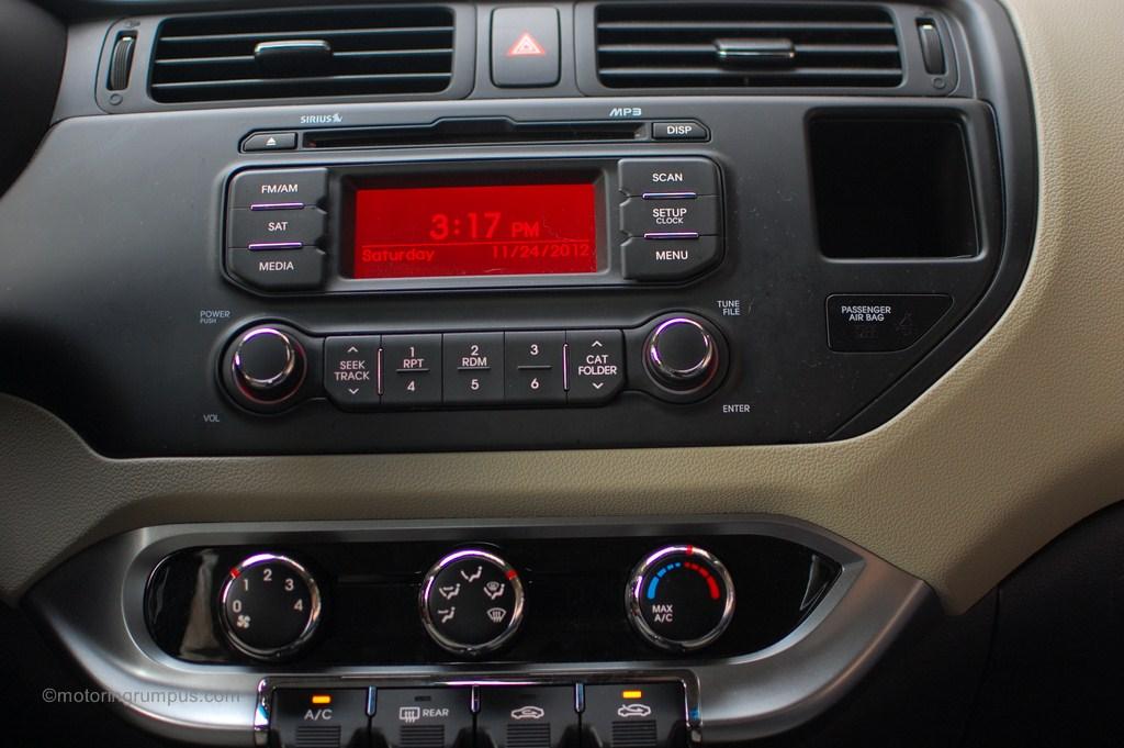 2013 Kia Rio Lx Radio Motoring Rumpus
