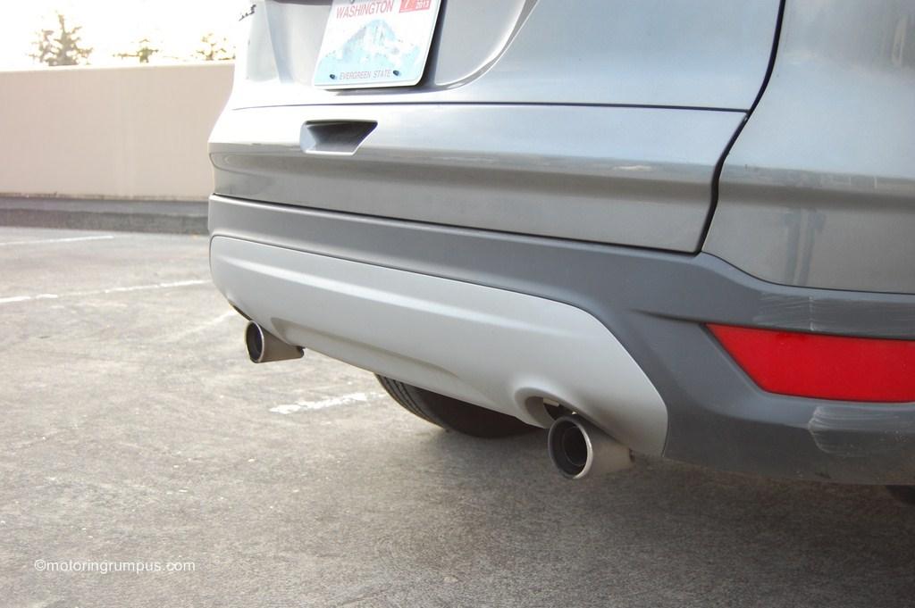 2013 Ford Escape SEL Rear Bumper