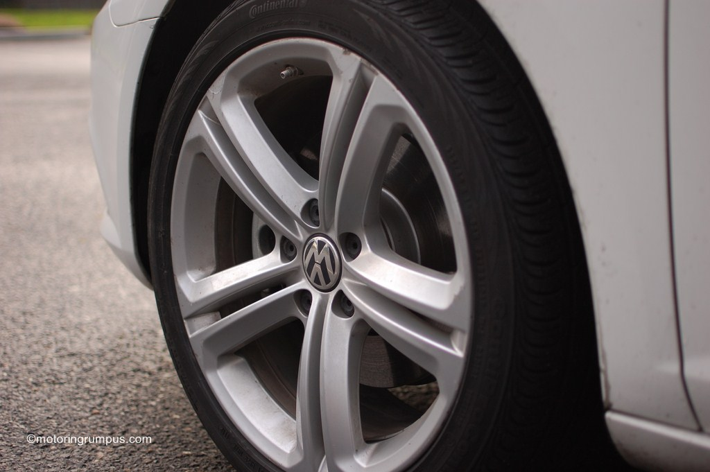 2013 Volkswagen CC 18-inch Mallory Wheels