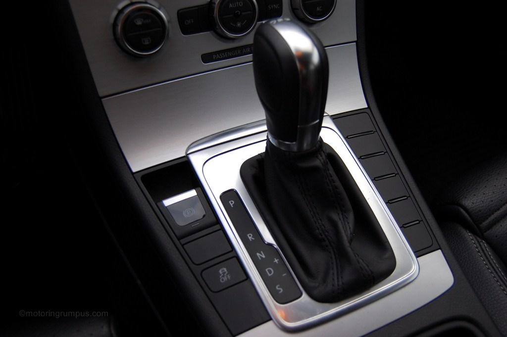2013 Volkswagen CC Automatic Shifter