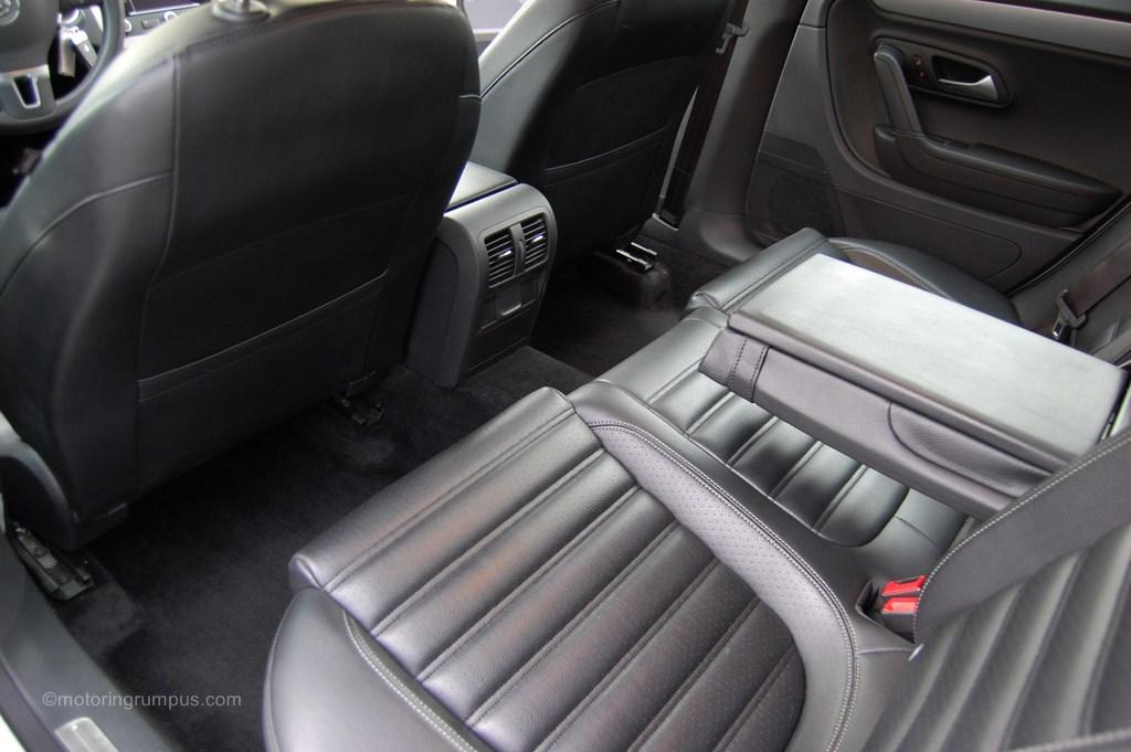 2013 Volkswagen CC Rear Armrest Folded Down