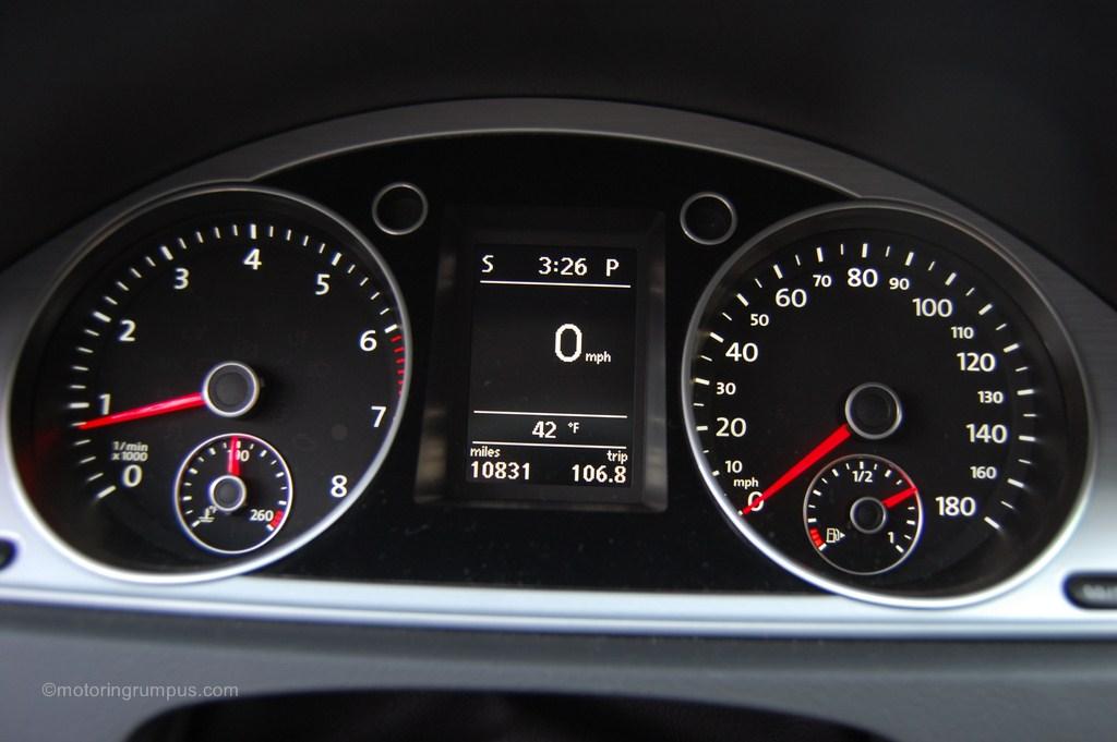 2013 Volkswagen CC Speedometer