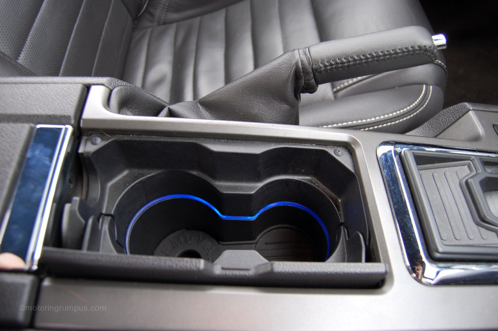 2013 Ford Mustang Cupholders