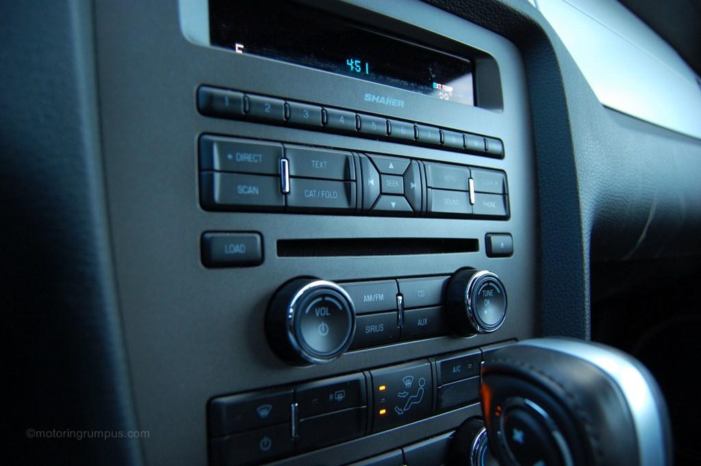 2013 Ford Mustang Shaker Radio