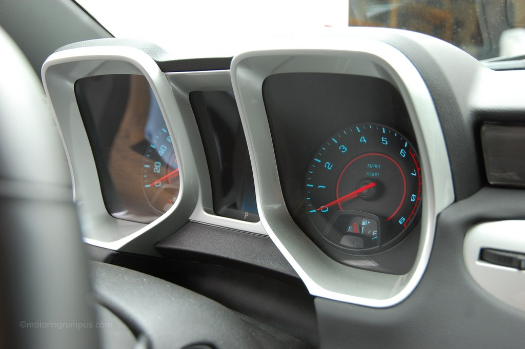 2014 Chevy Camaro 2SS Tachometer