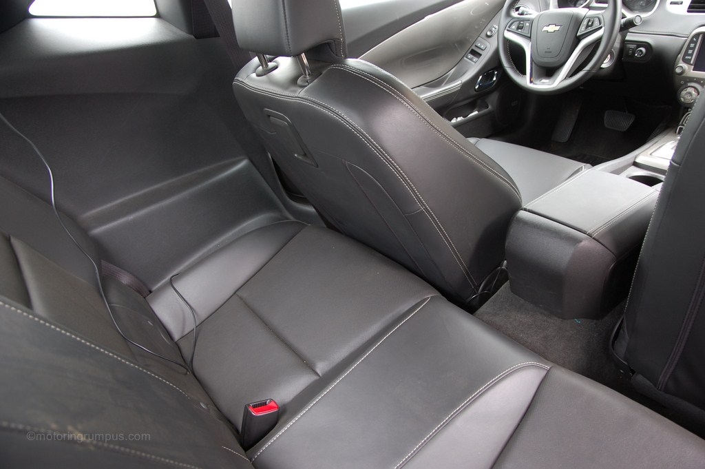 2014 Chevy Camaro Coupe Rear Seats