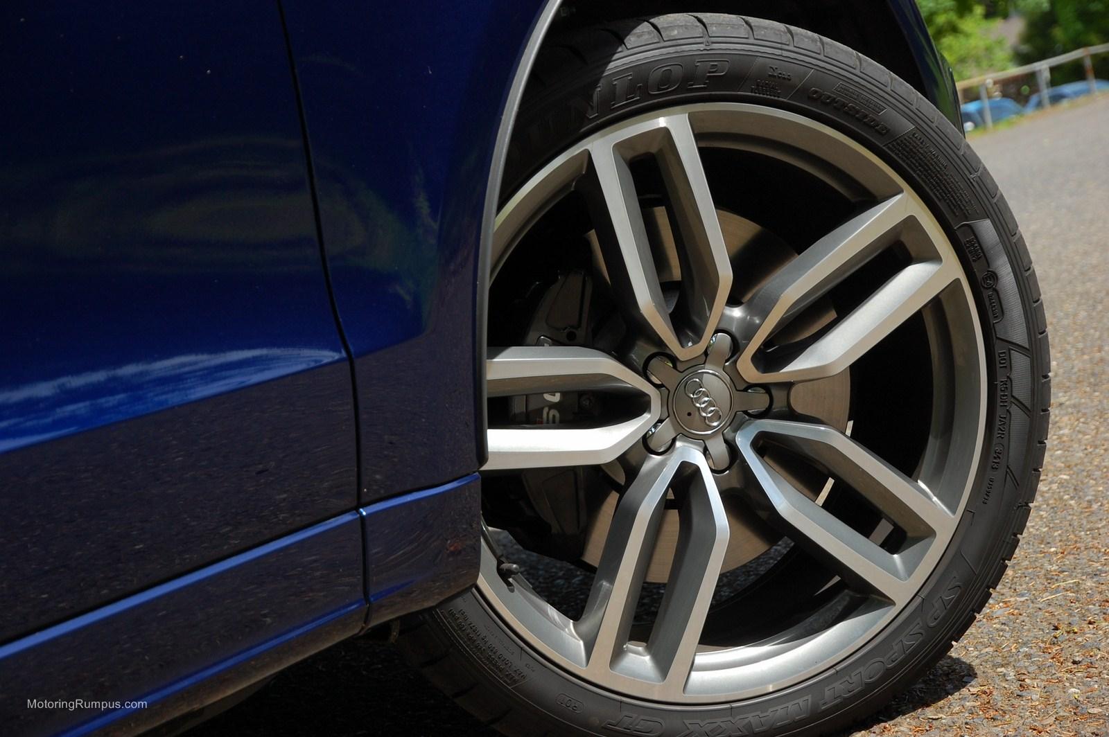 2014 Audi SQ5 21-inch 5-Double-Spoke Star-Design Wheels