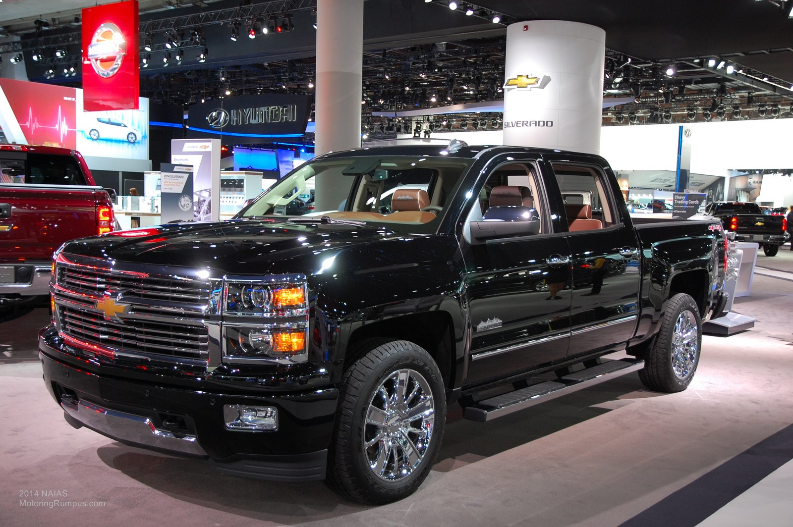 naias 2014 chevy wins car and truck of the year awards motoring rumpus. Black Bedroom Furniture Sets. Home Design Ideas