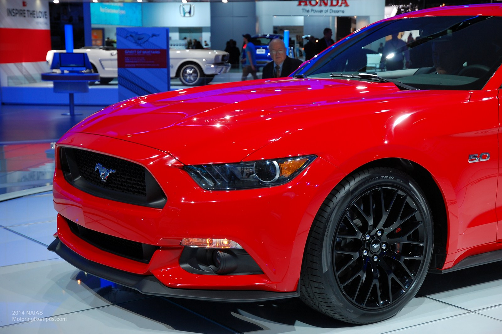 2014 NAIAS Ford 2015 Mustang Race Red