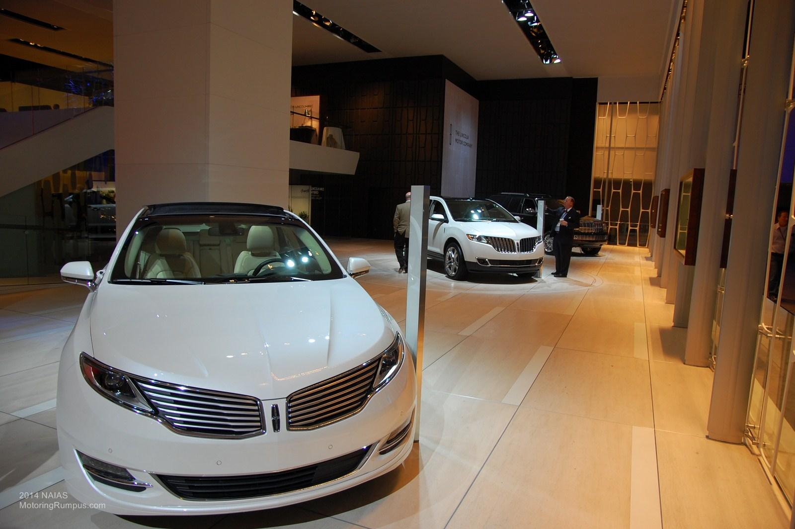 2014 NAIAS Lincoln MKZ