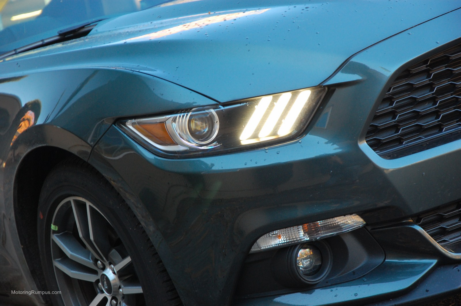2015 Ford Mustang DRL Signature Lighting