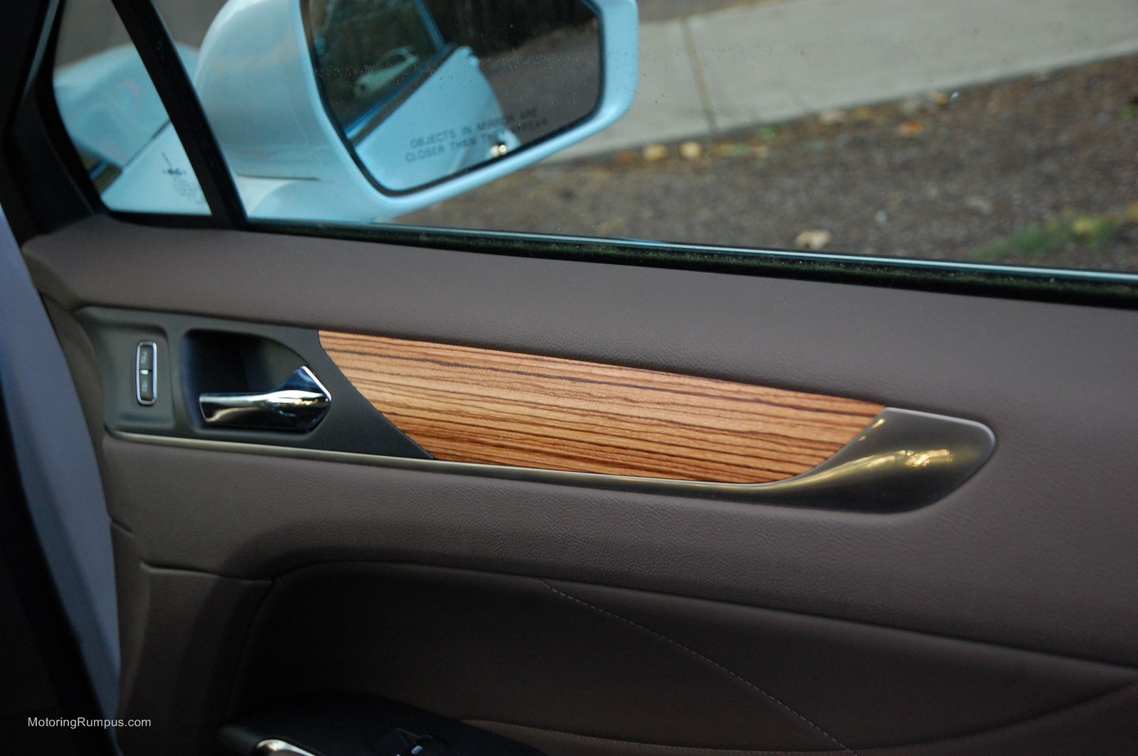 2015 Lincoln MKC Zebrano Wood Trim