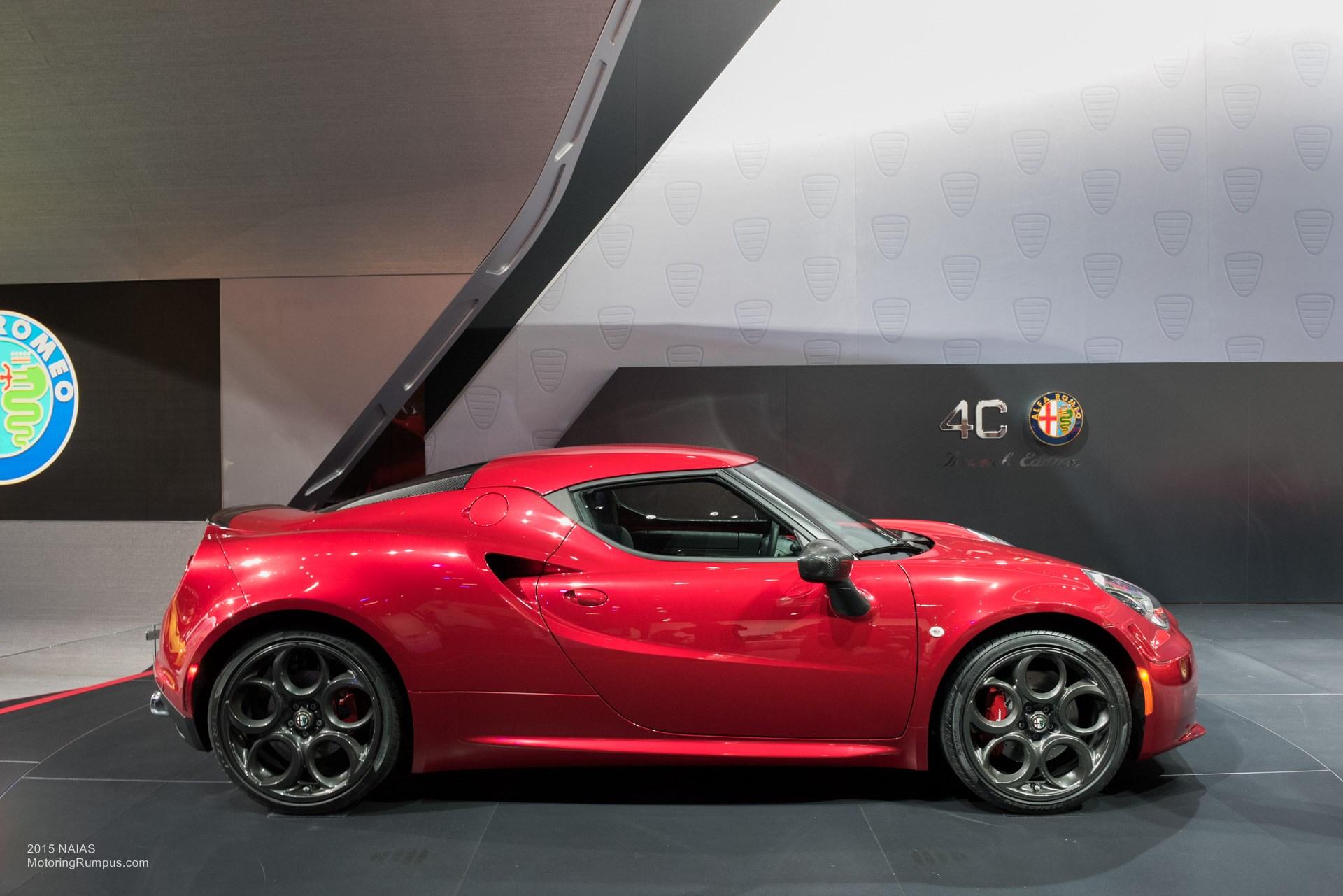 2015 NAIAS Alfa Romeo 4C Side