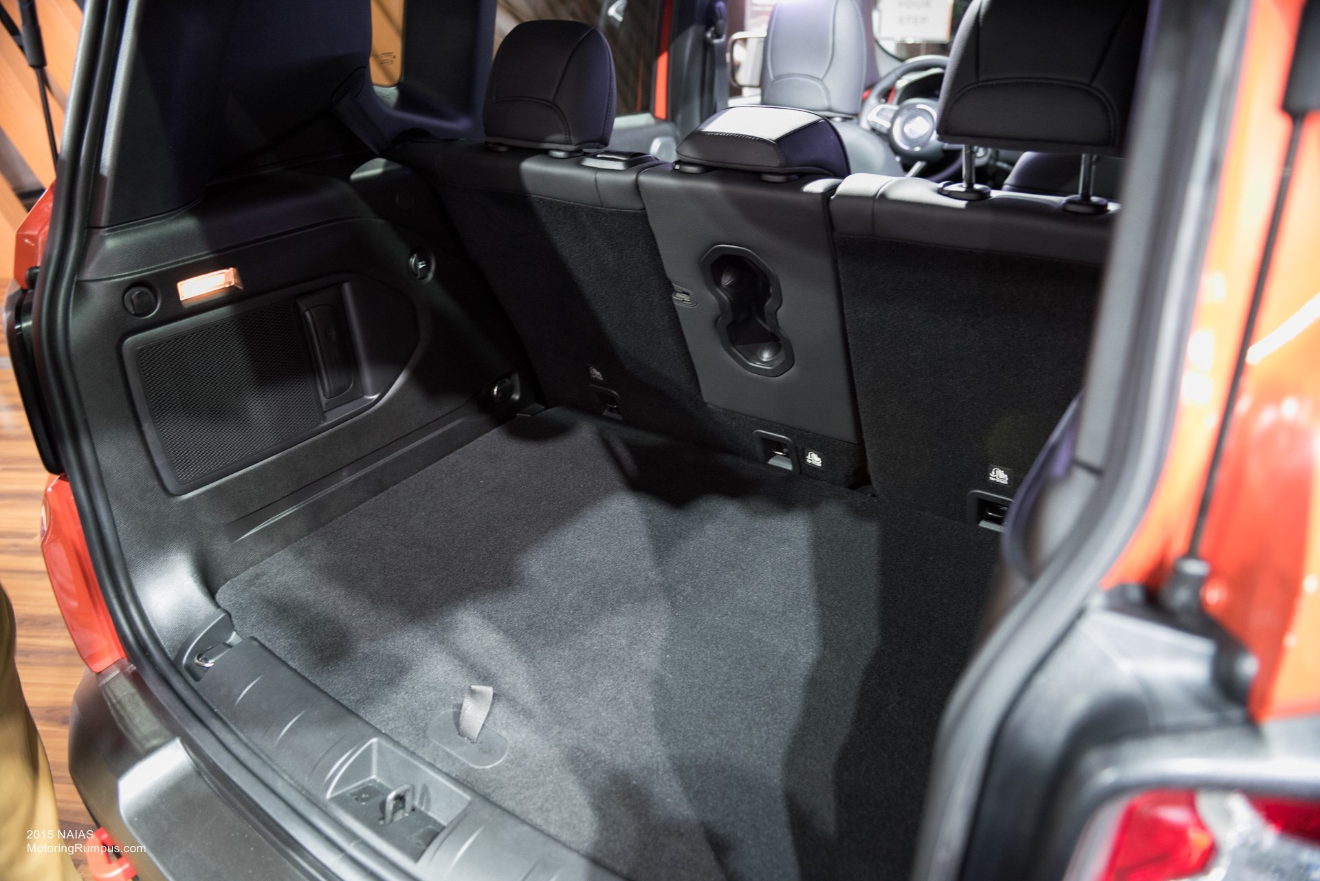 2015 NAIAS Jeep Renegade Cargo Space