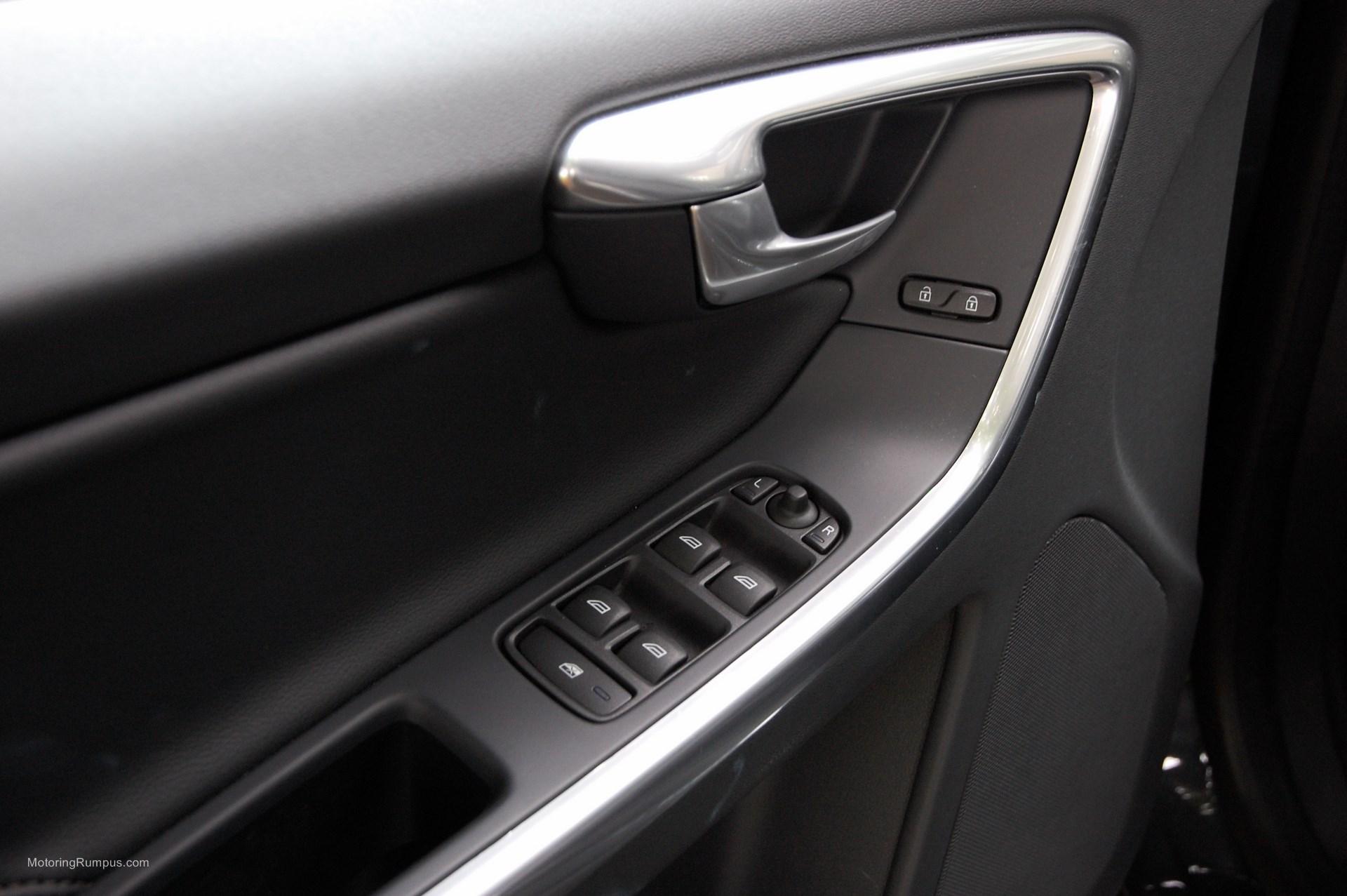 2015 Volvo XC60 Driver Door