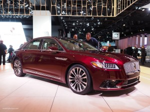 2016 NAIAS 2017 Lincoln Continental Red
