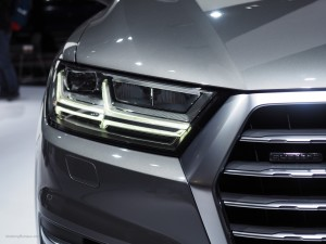 2016 NAIAS Audi Q7 Headlight