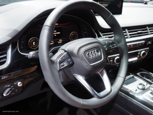 2016 NAIAS Audi Q7 Steering Wheel