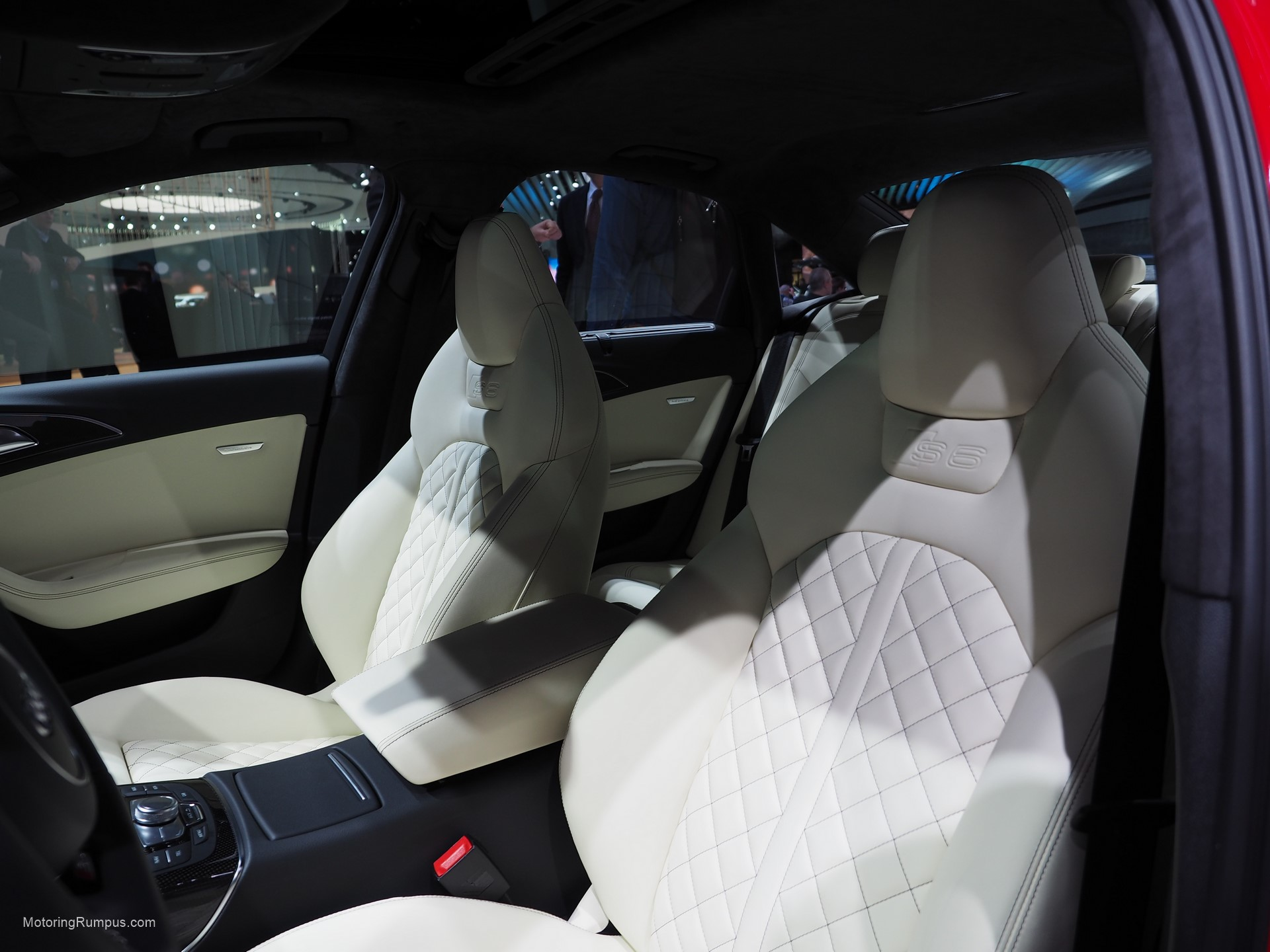 2016 NAIAS Audi S6 Seats