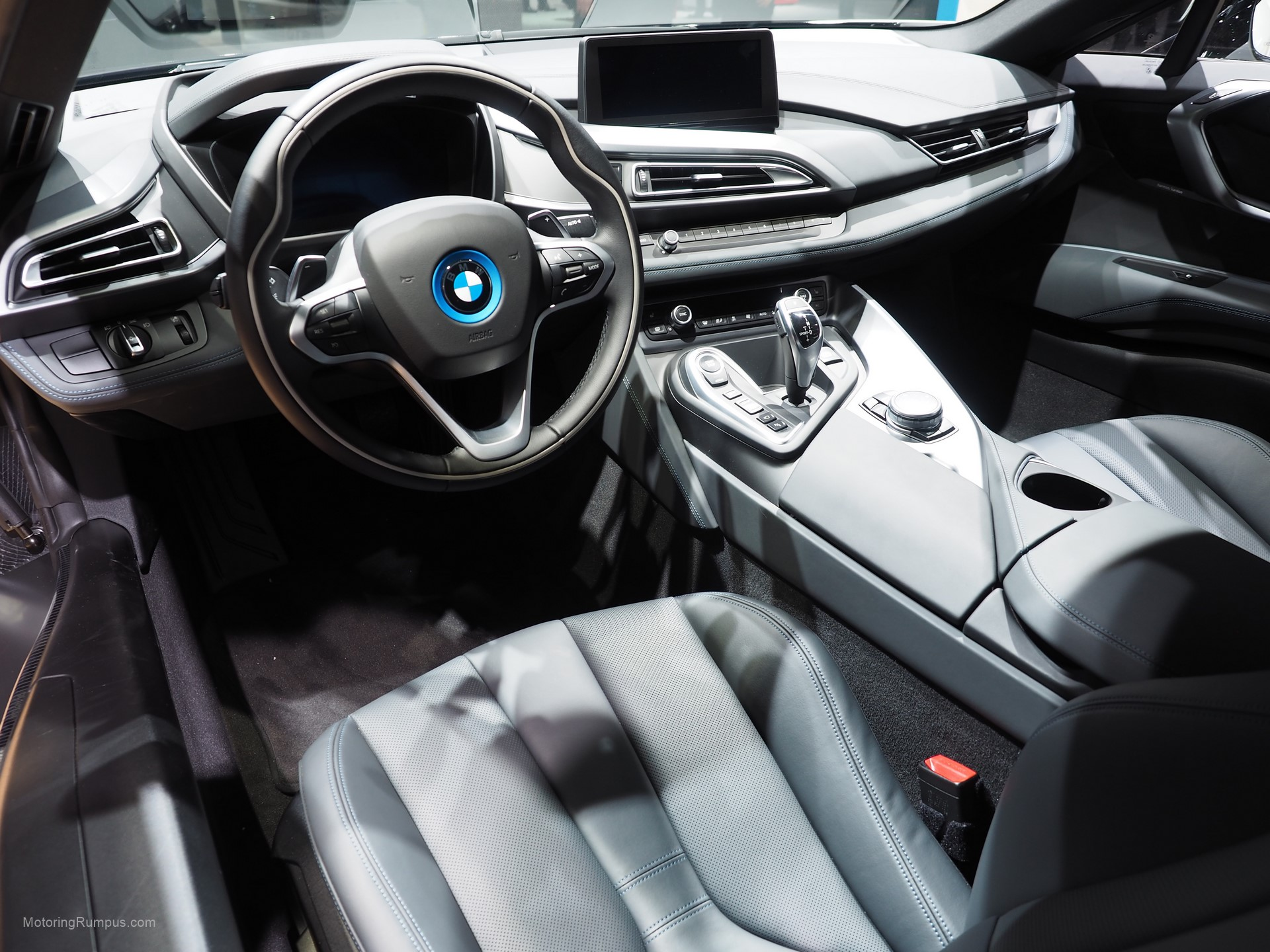 2016 naias bmw i8 interior motoring rumpus for Bmw i8 interior