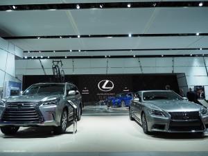 2016 NAIAS Lexus