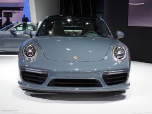 2016 NAIAS Porsche 911 Turbo Front