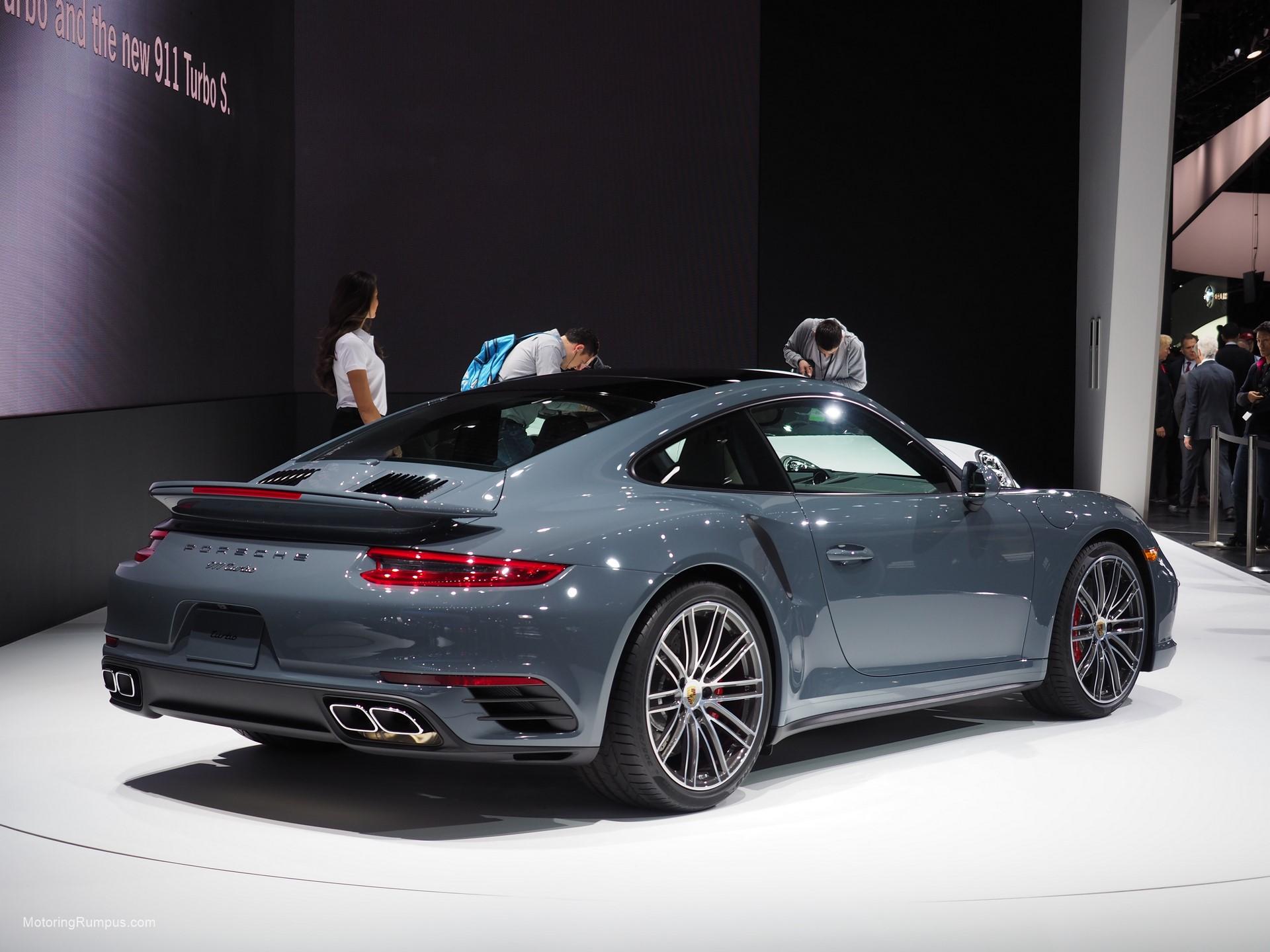 2016 NAIAS Porsche 911 Turbo Graphite Blue Metallic
