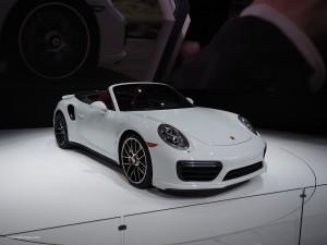 2016 NAIAS Porsche 911 Turbo S