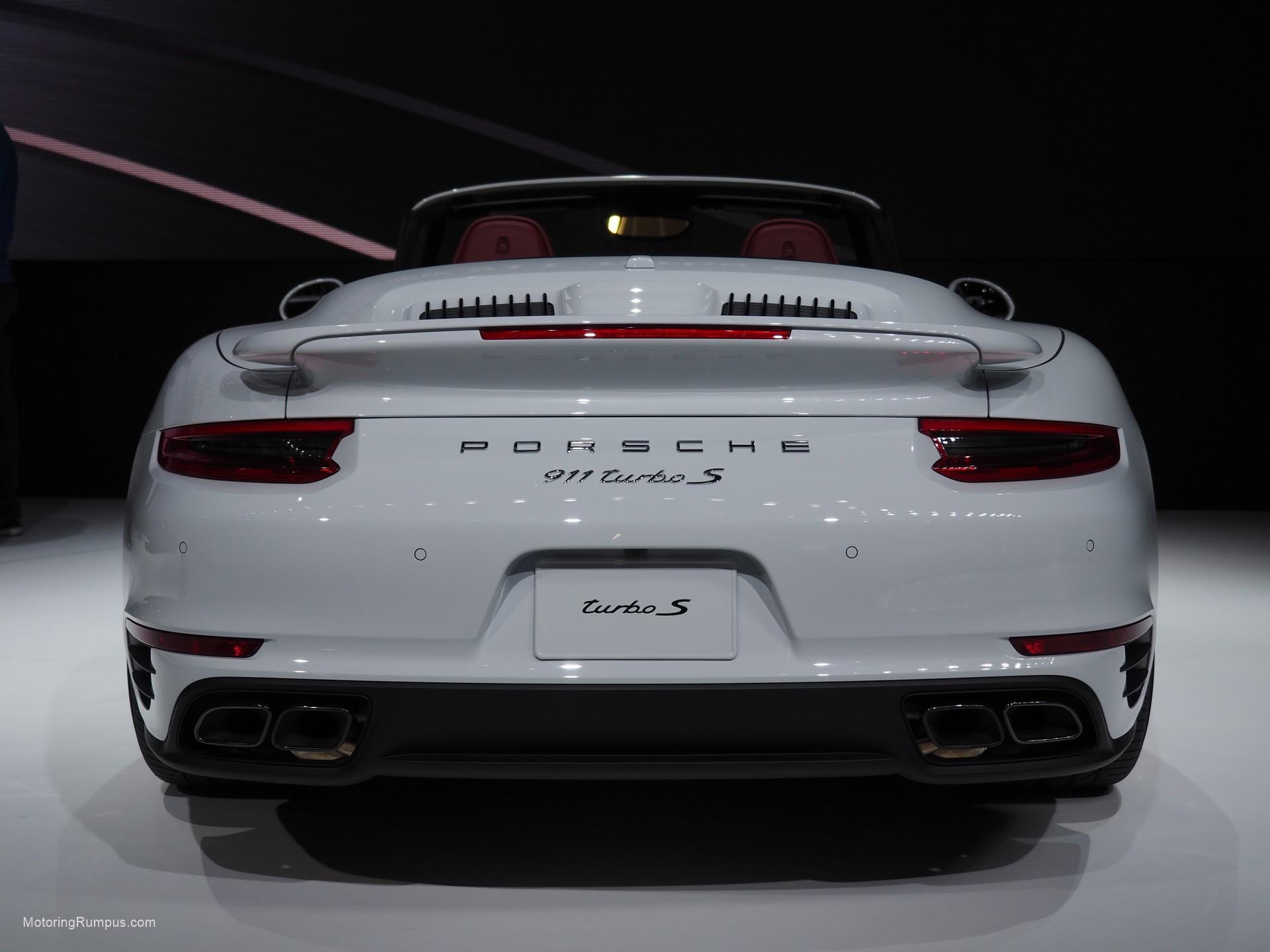 2016 NAIAS Porsche 911 Turbo S Rear