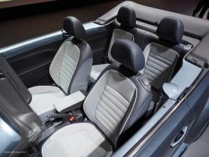 2016 NAIAS VW Beetle Denim Interior